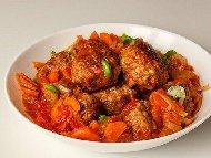 Кюфтенца по Чирпански с телешка кайма и доматен сос в мултикукър